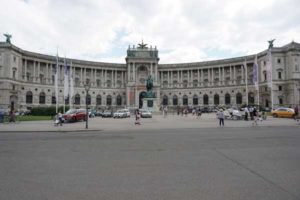 Hofburg Wieden zamieszkali.pl