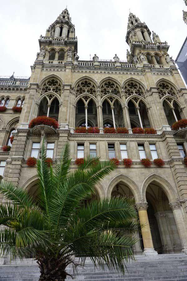 Wiener Rathaus - Ratusz w Wiedniu zamieszkali.pl