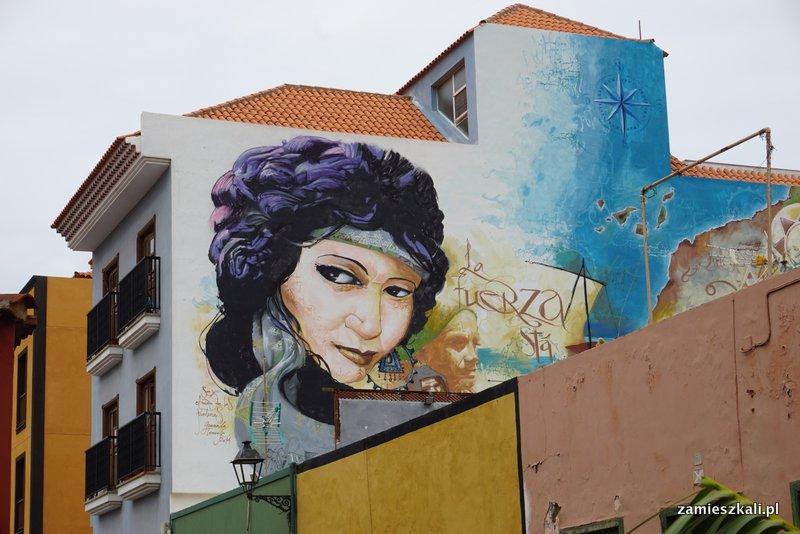 Teneryfa północna, murale z festiwalu Mueca