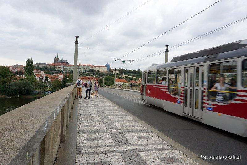 Czeska Praga, Most Manes