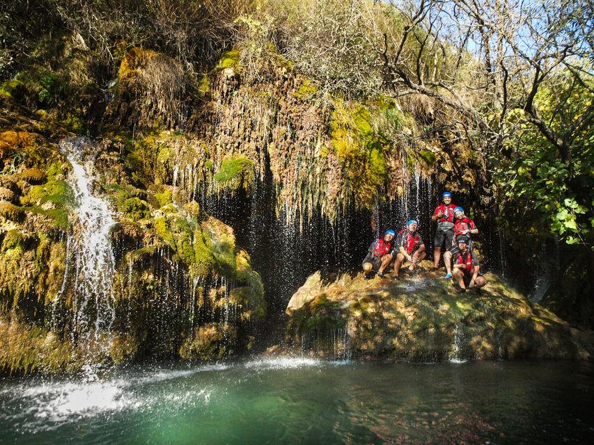 Rafting na rzece Cetina Chorwacja