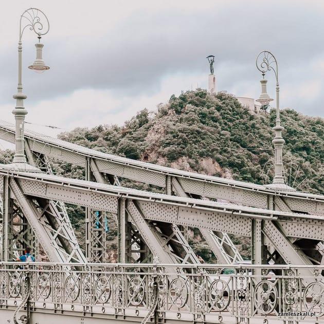 Budapeszt atrakcje. Góra Gellerta i Pomnik Wolności Budapeszt.