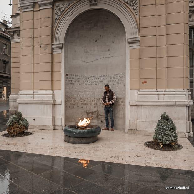 Zwiedzanie Sarajewa: Wieczny Ogień.